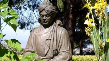 swami_vivekananda_st_091215114752